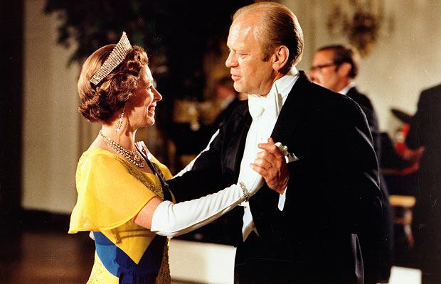 Gerald Ford dances with the Queen during a state dinner in honour of the royal couple at the White House on 17 July 1976