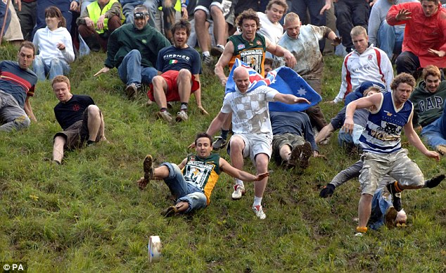 Cooper-Hill-Cheese-Rolling-Festival