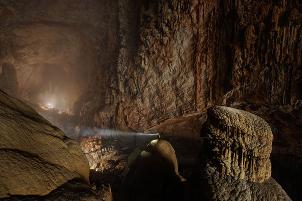 The-Hang-Son-Doong-cave-in-Quang-Binh-Province,-Vietnam-1