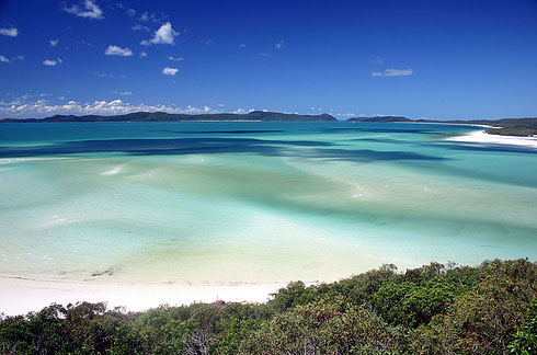Whitehaven-Beach-at-Whitsunday-Island-2