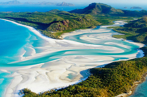 Whitehaven-Beach-at-Whitsunday-Island-3