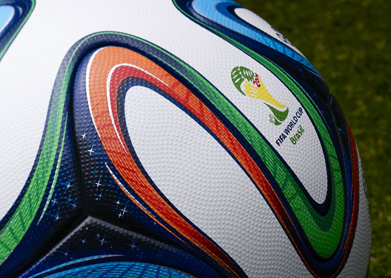 2014-FIFA-World-Cup-Match-Ball-3