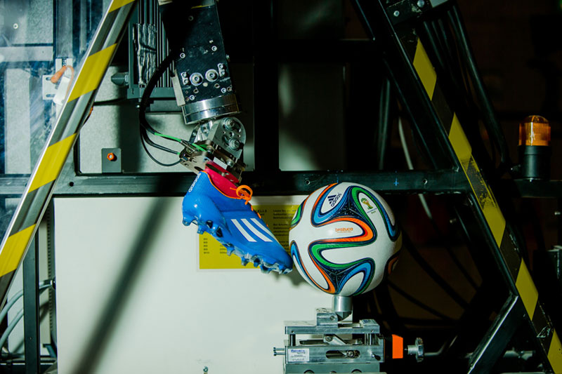 2014-FIFA-World-Cup-Match-Ball-7