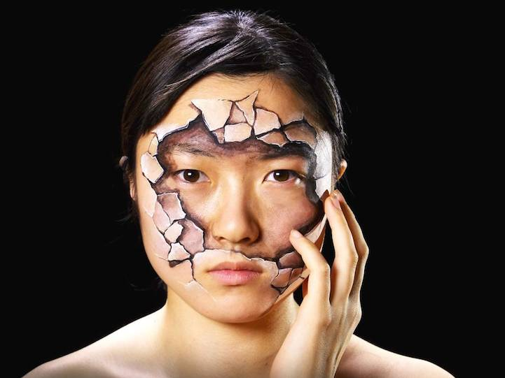 Hyperrealistic Body Paintings by Hikaru Cho 1