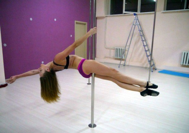 Girls On Poles 6