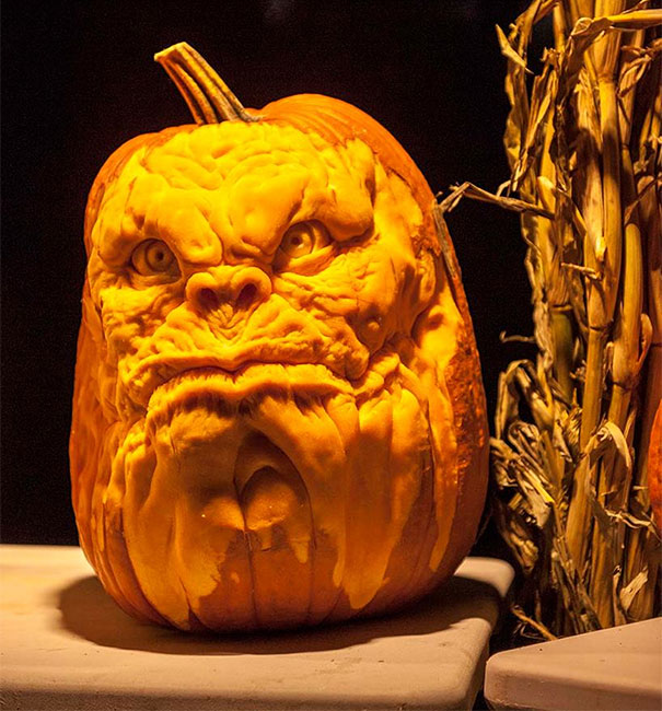 creepy-pumpkin-carvings-jon-neill-12