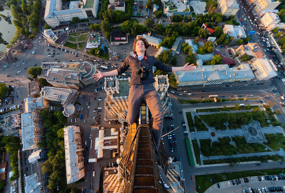 russian-daredevils-skywalk