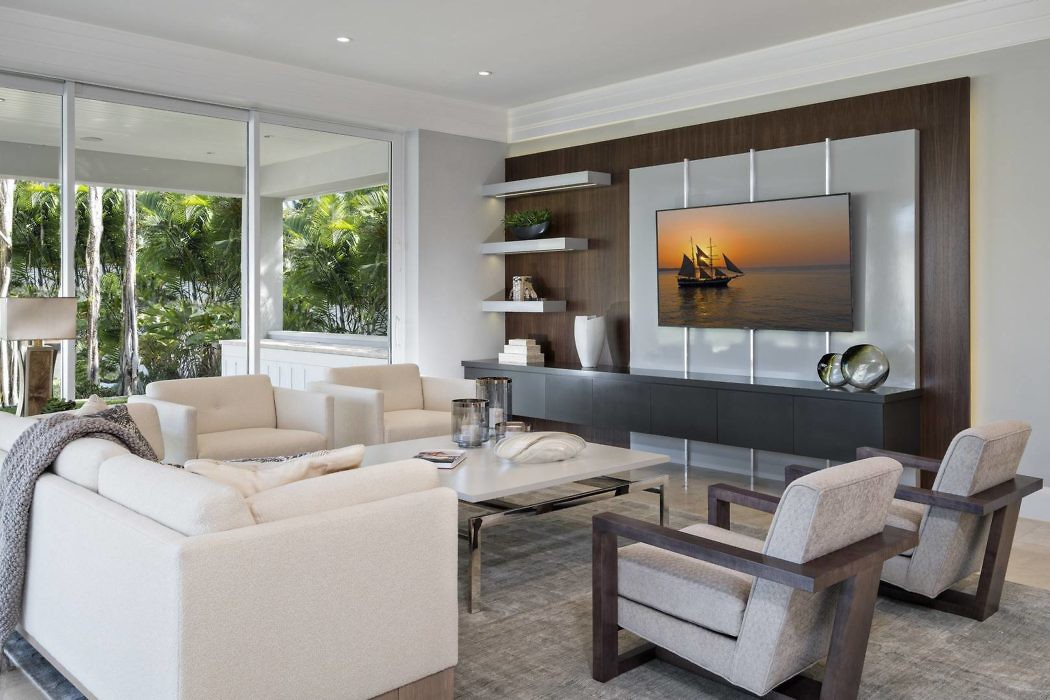 Coastal Contemporary Florida House Interiors by The Decorators Unlimited